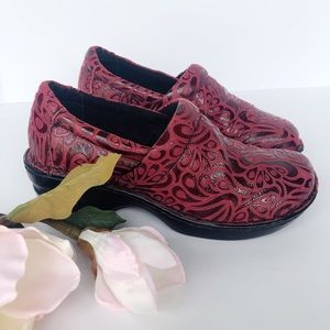 b.o.c. Born Concept Peggy Red Tooled Leather Clogs